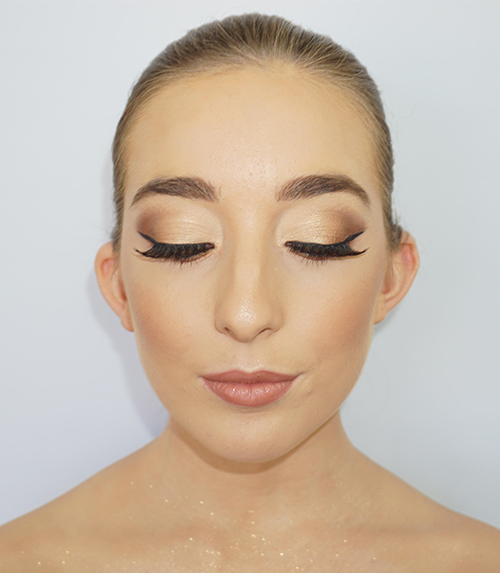 Make-Up-_0004_1